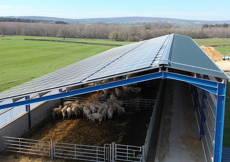 batiments-photovoltaiques-cles-en-main_en-quoi-cela-consiste