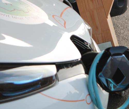 mobilite-electrique-ombrieres-bornes-de-recharge_developper-les-transports-propres-6