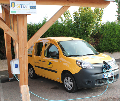 mobilite-electrique-ombrieres-bornes-de-recharge_developper-les-transports-propres-8