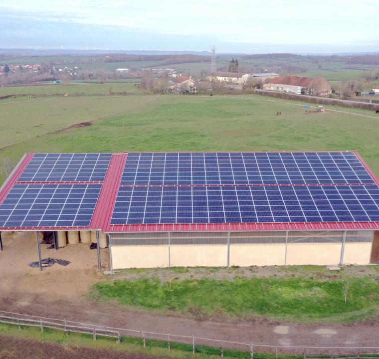 solution-de-financement-ositoit_batiment-photovoltaique